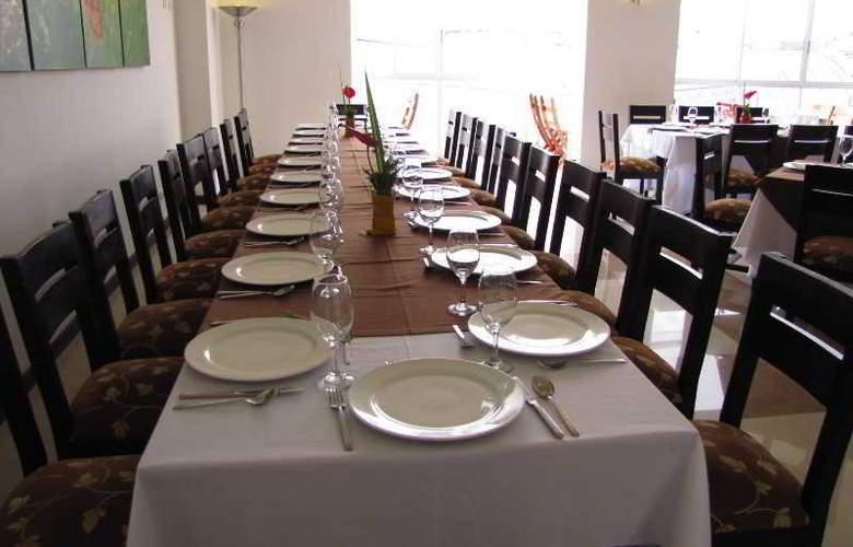 Varuna Hotel - Restaurant - 21