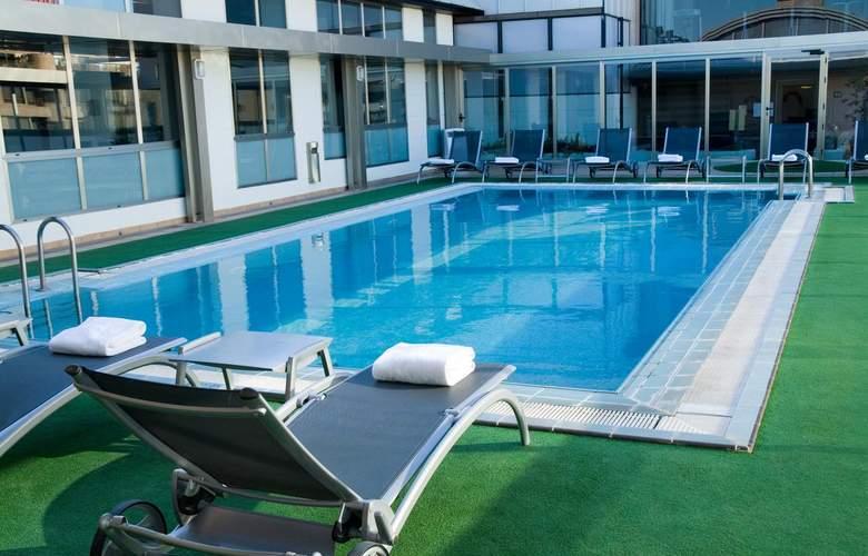 Sh Valencia Palace - Pool - 23
