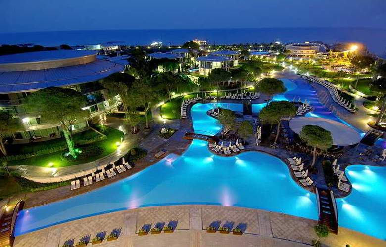 Calista Luxury Resort - Pool - 5