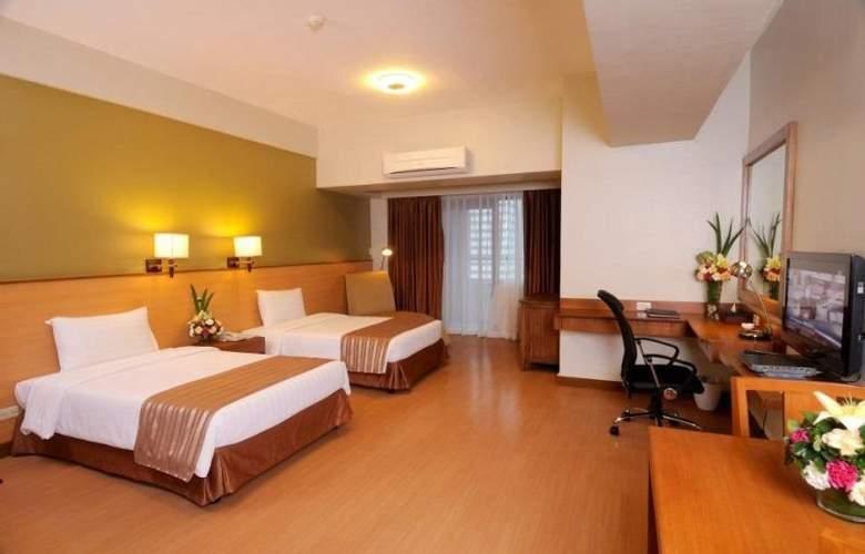 The Malayan Plaza Hotel - Room - 7