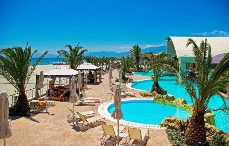 Mediterranean Village - General - 4