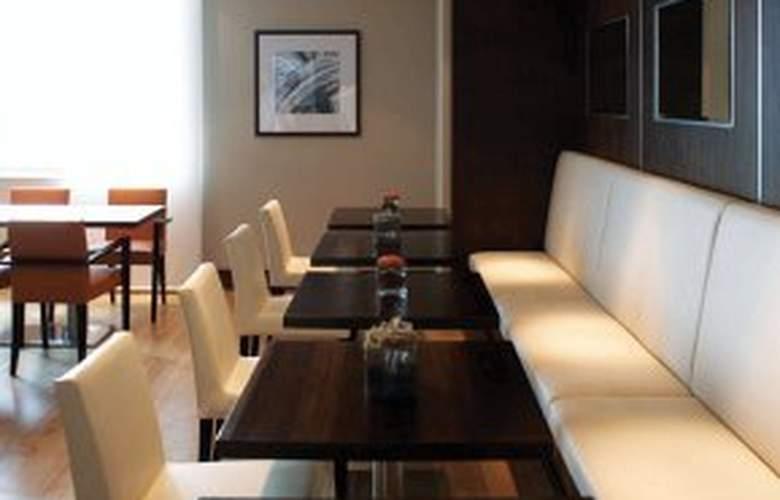 Hilton London Canary Wharf - Restaurant - 6