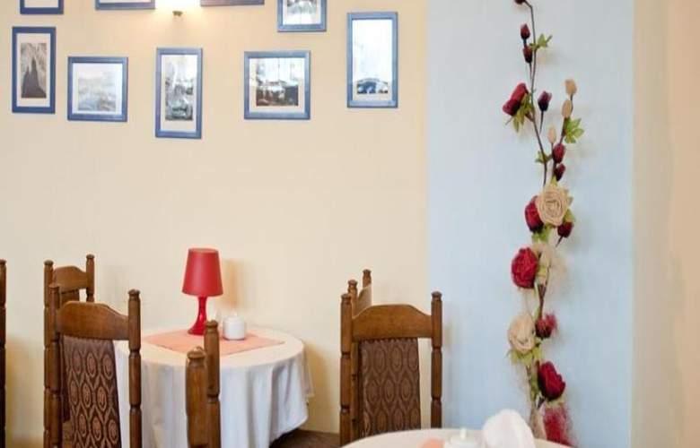 Start - Restaurant - 8
