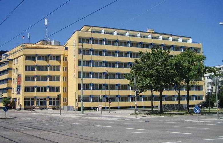 A&O City Hackerbrücke - Hotel - 0