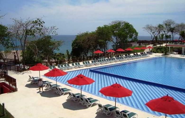 Decameron Baru Beach Resort - Pool - 6