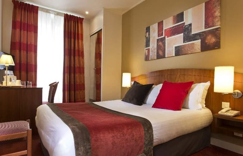 Europe Paris - Room - 4