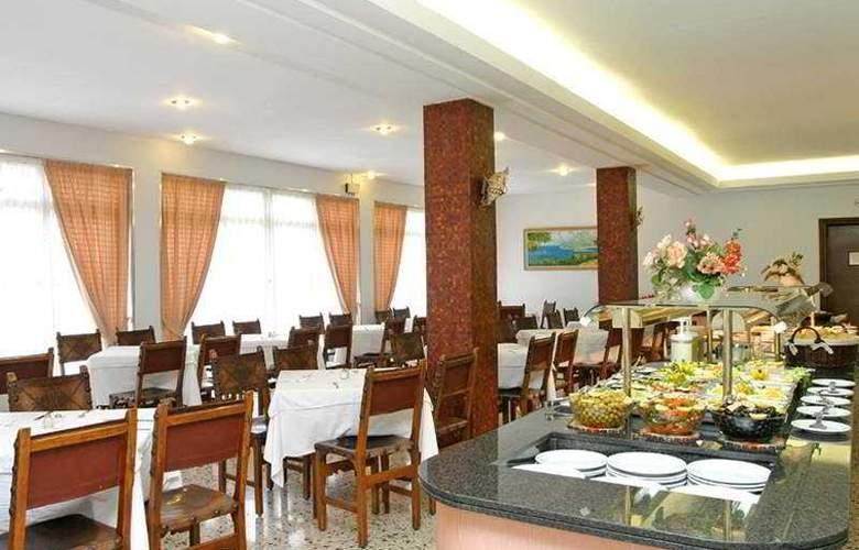 Iris - Restaurant - 7