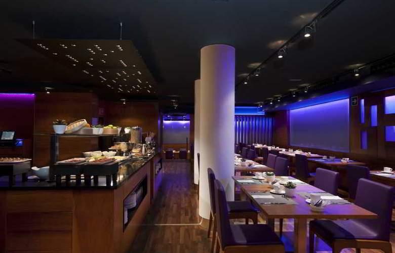 Exe Moncloa - Restaurant - 44