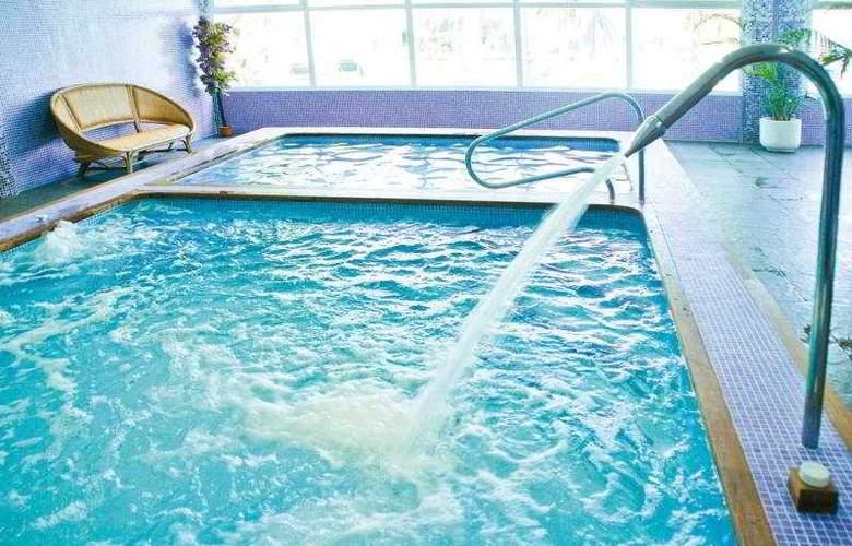 Azuline Marina Parc - Pool - 6