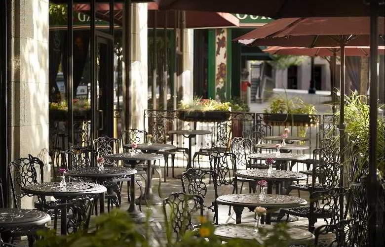 Courtyard Atlanta Downtown - Hotel - 6