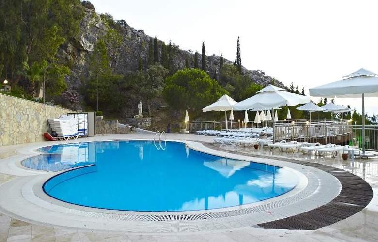 Alkoclar Adakule Hotel - Pool - 33