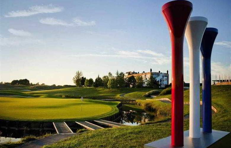 Novotel Saint Quentin Golf National - Hotel - 31