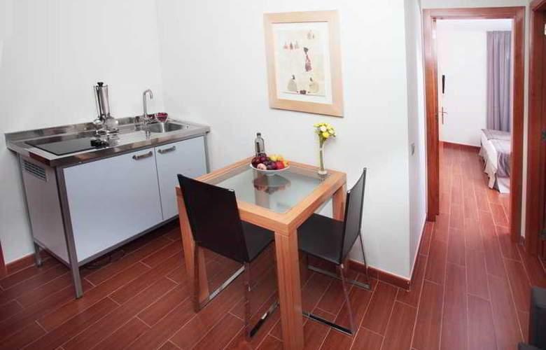 Madanis Apartments - Room - 5