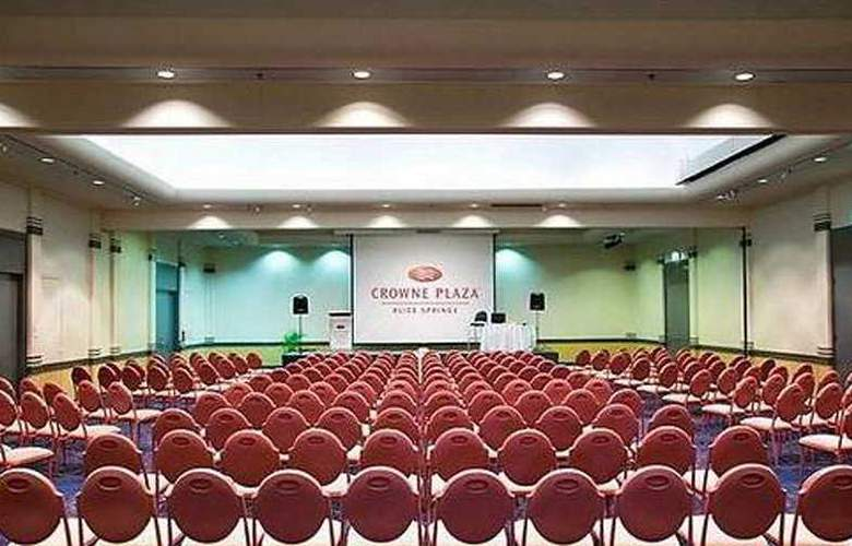 DoubleTree by Hilton Alice Springs - Conference - 4