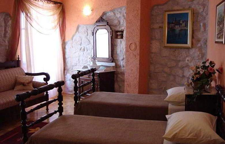 Palace Derossi - Room - 3