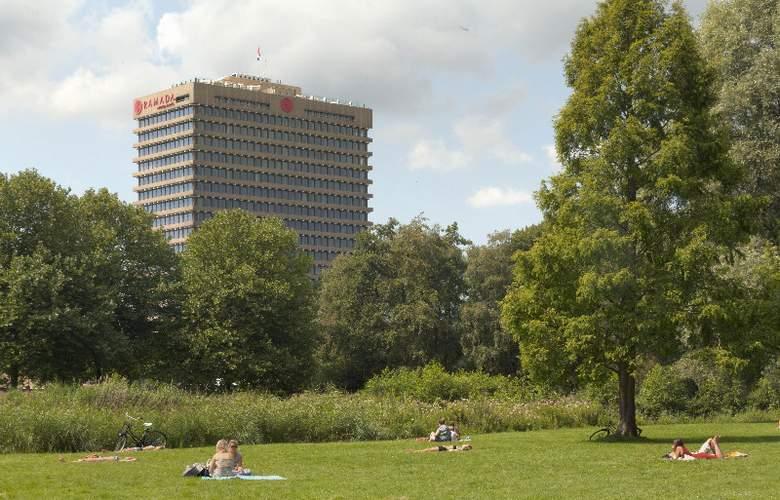 Ramada Apollo Amsterdam Centre - Hotel - 0