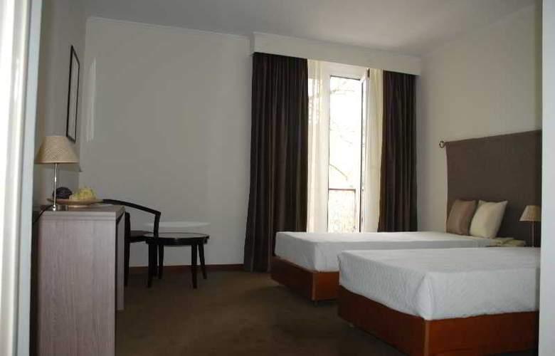 Ever Lisboa City Center Hotel - Room - 11