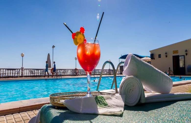 Hotel Los Templarios - Pool - 5