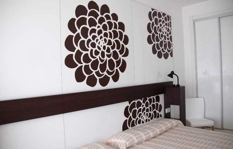 Sol Playa - Room - 1