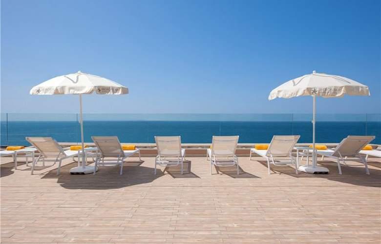 Iberostar Bouganville Playa - Terrace - 51