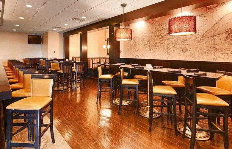 Best Western Premier Nicollet Inn - Bar - 33
