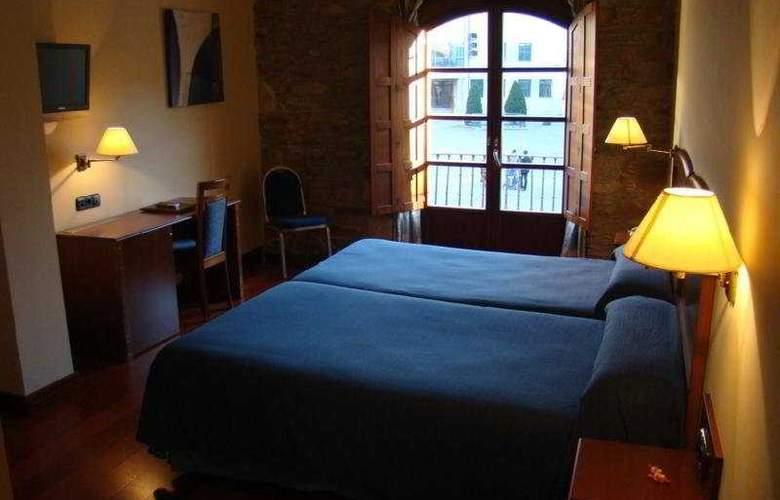 Aroi Bierzo Plaza - Room - 4