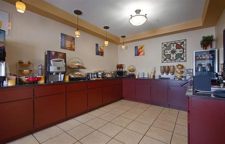 Best Western Greentree Inn & Suites - Restaurant - 154