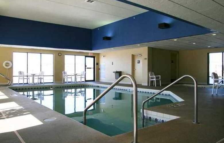 Hampton Inn Green Bay - Hotel - 3