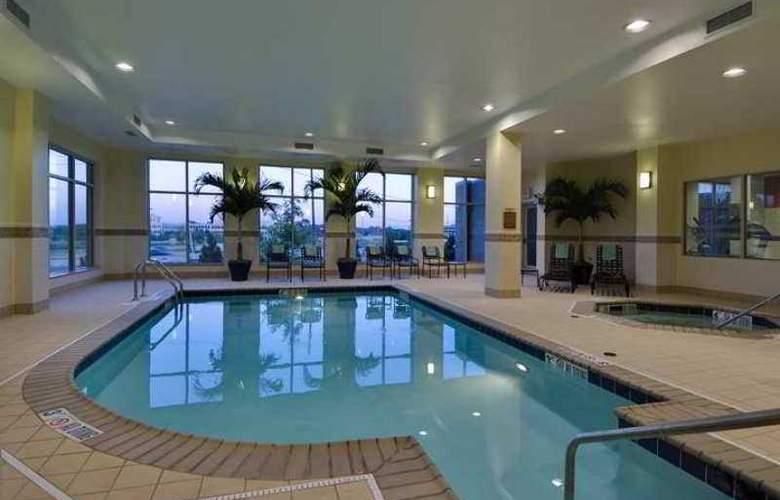 Hilton Garden Inn Lake Forest Mettawa - Hotel - 3