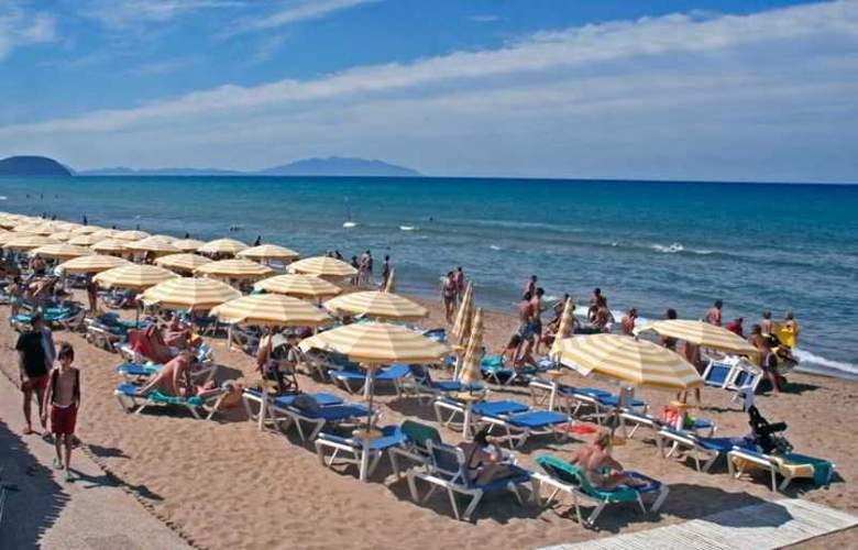Garden Club Toscana - Beach - 27
