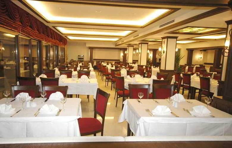 Tourist Hotel - Restaurant - 9