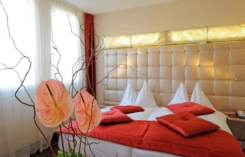 St. Gotthard - Room - 5