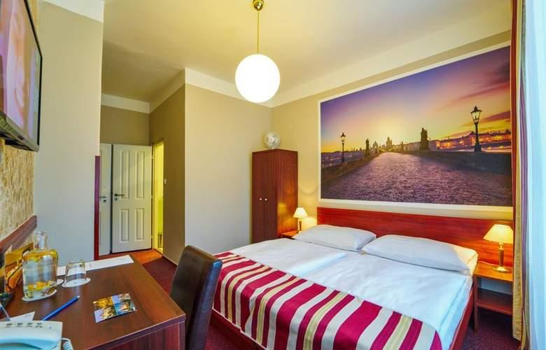 Metropolitan Old Town - Room - 6