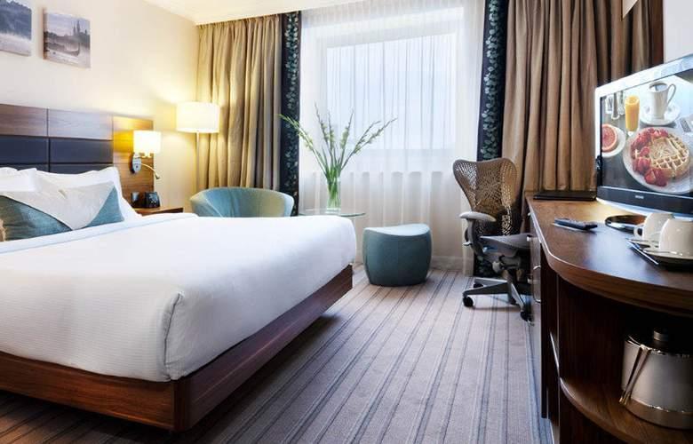 Hilton Garden Inn Krakow - Room - 9