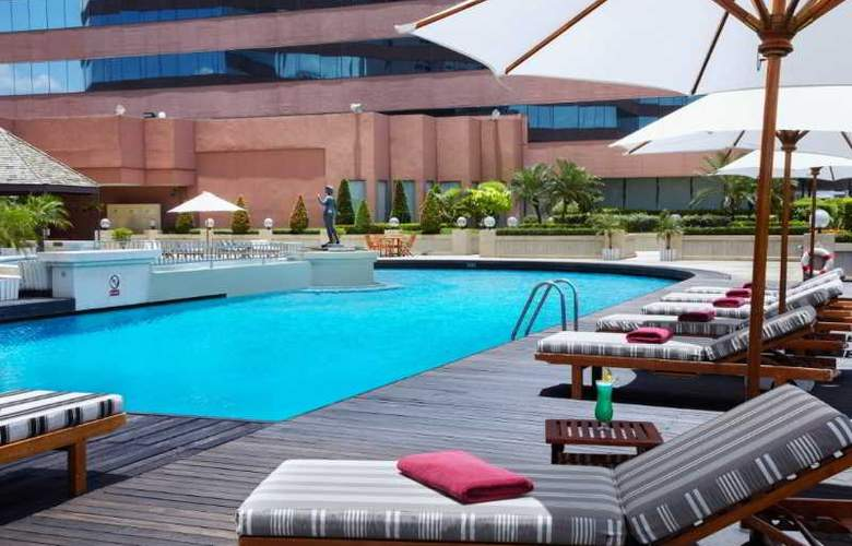 Swissotel Bangkok Ratchada - Pool - 3