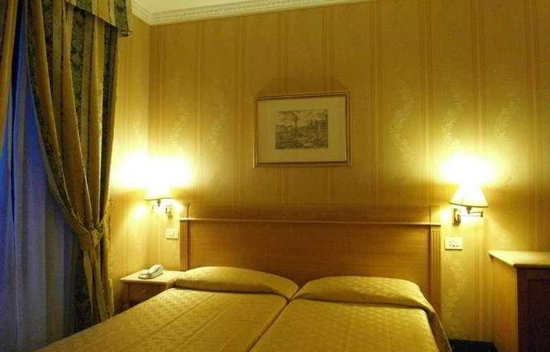 Quiriti - Room - 8