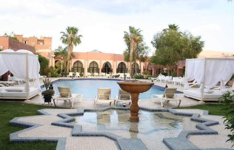 Karam Palace - Pool - 14