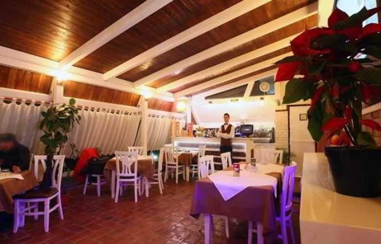 Kastria - Restaurant - 9