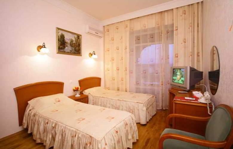 Chebotaryov Hotel - Room - 13