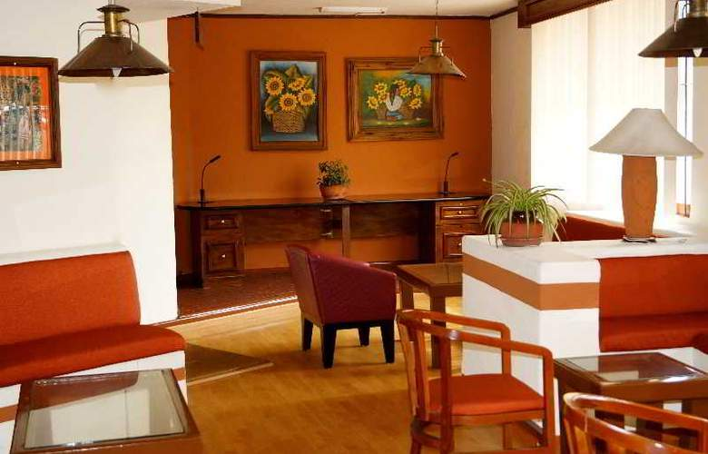 Villa del Sol and Suites - Hotel - 16