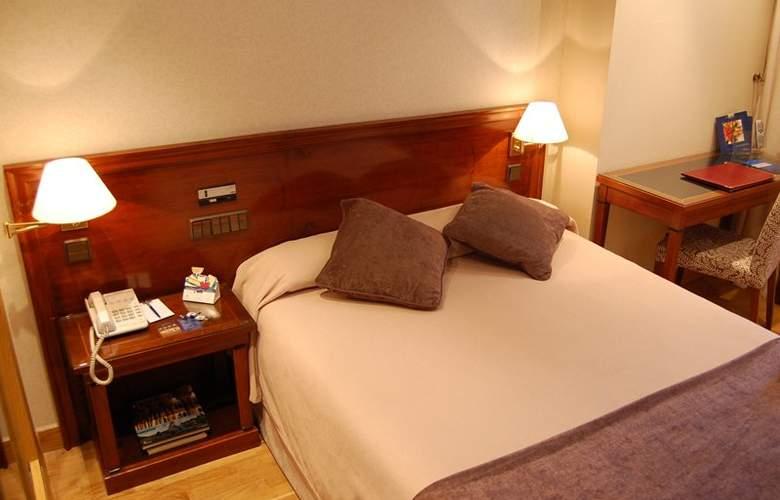 Sercotel Felipe IV - Room - 15
