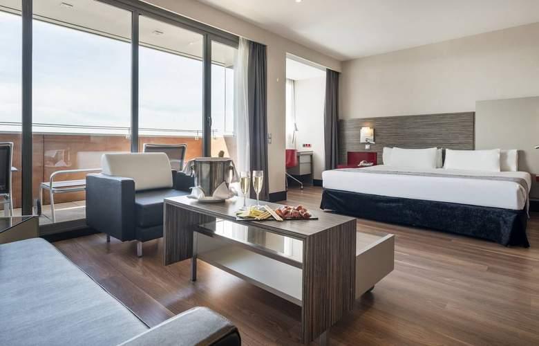 Ilunion Barcelona - Room - 11