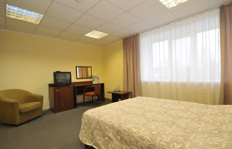 City Hotel - Room - 11