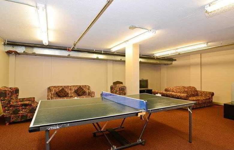 Best Western Plus Pocaterra Inn - Hotel - 15