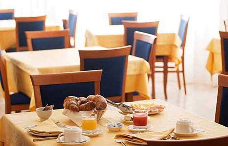 Touring - Restaurant - 8