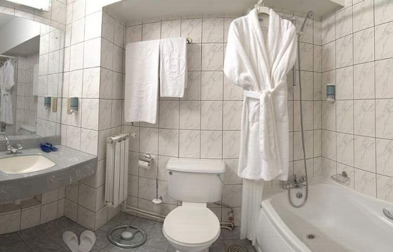 Continental Tirgu Mures - Room - 6