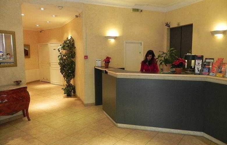 Trocadero - Hotel - 0