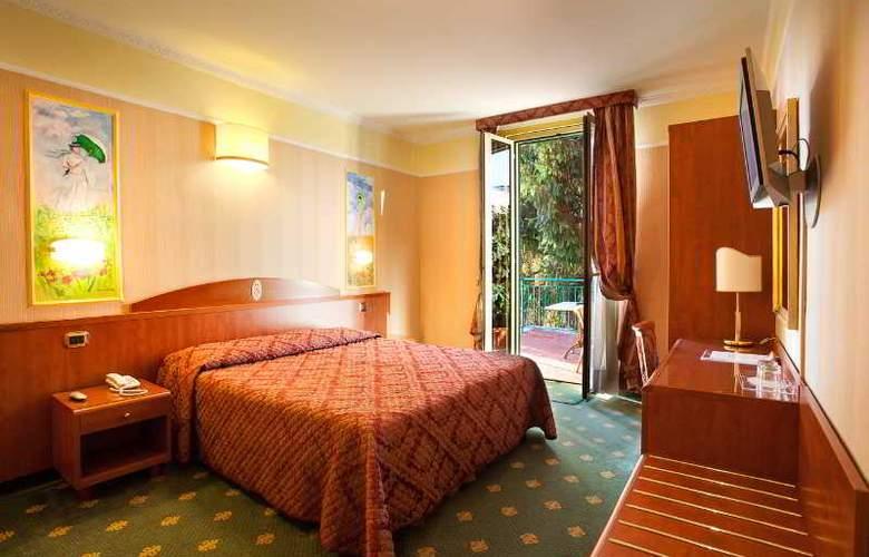 Puccini Hotel - Room - 0