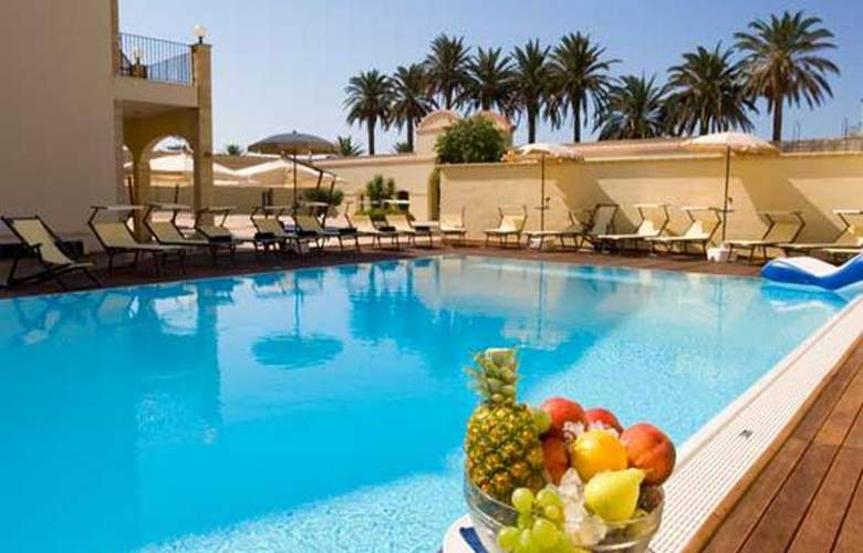 Mahara - Hotel - 4