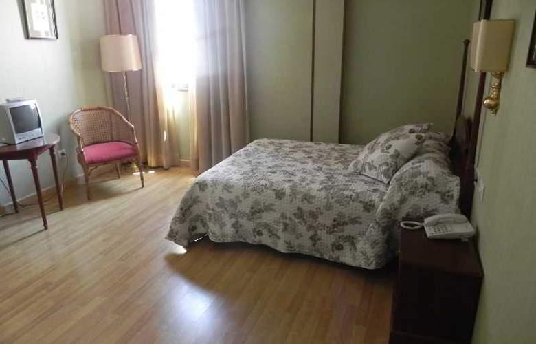 Sierra Aracena - Room - 39